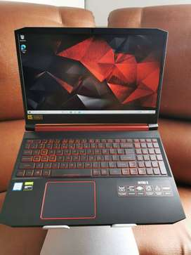 Portatil Gamer Acer Nitro 5 core i5 9300h 8gb ram, GTX 1650, SSD y HDD