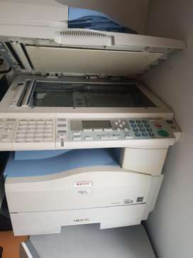Vendo Multifuncional Ricoh Mp171 Usada