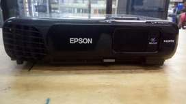 Projector Epson Power Lite S18