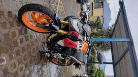 Se vende moto HONDA CB REPSOL 190, modelo 2018.