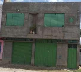 Se vende casa material noble 2 pisos a 3 cuadras de la plaza huancan