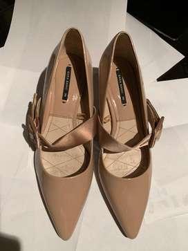 Zapatos dama marca ZARA