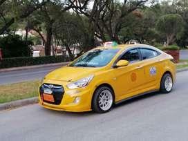 Se vende taxi con puesto