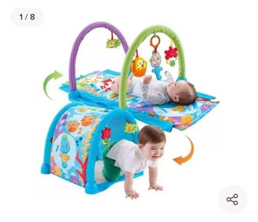 Venta de gimnasio musical  para bebé 2 en 1 Fisher price