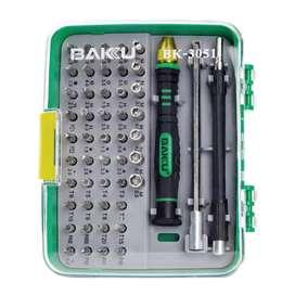 Juego de desarmadores BAKU 3051