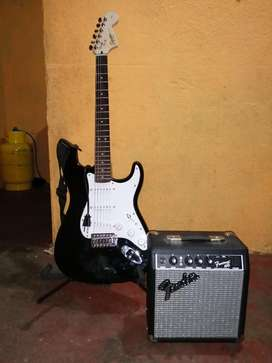 Guitarra Eléctrica; Squier By Fender