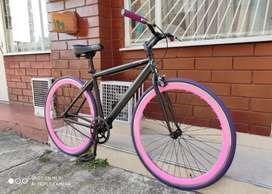 Hermosa Bicicleta Fixie vendo o cambio