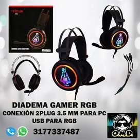 !!DIADEMAS GAMER RGB LIGHT, DOBLE CONECTOR ESTEREO AUDIO Y MICRÓFONO Y USB PARA RGB