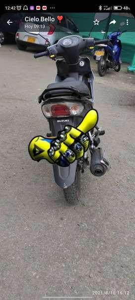 Moto, Suzuki viva R Style, con seguro hasta hasta septiembre del 2022