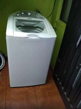 Lavadora Mabe 24 libras bonita