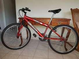 Bicicleta Silverado MTB / Poco uso