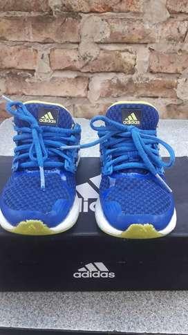 Zapatillas talle 30 Adidas