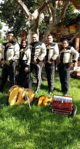 Mariachi Los Diamantes Quito Norte Sur V