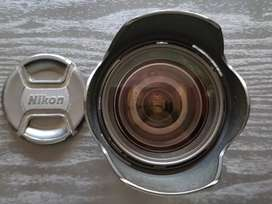 Zoom Nikon 16-85 VR DX