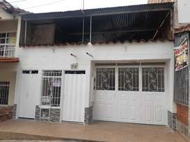Vendo casa primer piso terminado con entrada individual para plancha 2 piso y continuar construccion