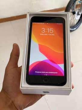 Se vende iphone 7 plus en buen estado