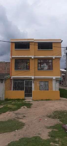 Se vende casa de 3 pisos barrio nueva Aranda en pasto