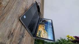 Dell Inspiron 15 Serie 5000 De 15.6 Tactil (i5) 1 Tb 8gb Ram