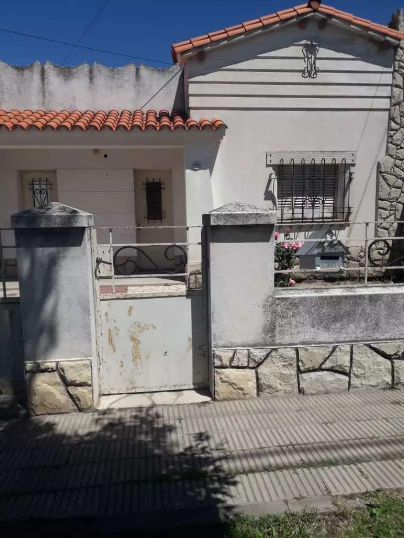 Casa en bahia blanca barrio 5 km. 0