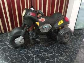 Moto electrica recargable con batería nueva