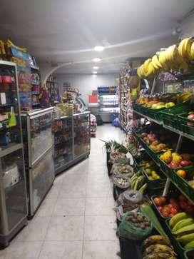 Hermoso supermercado acreditado