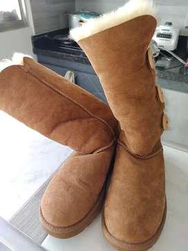 Vendo hermosas botas ugg Australia como nuevas talla 6