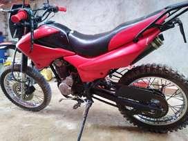 Se vende moto lineal RONCO