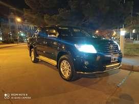 HILUX IMPECABLE 4X4 AUTOM..