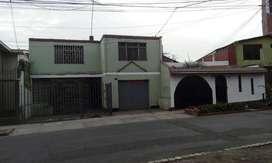 Se vende Casa en El Agustino- La Corporación con Parámetros a 5 pisos