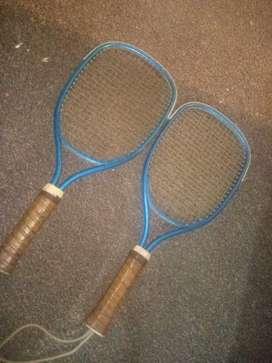 Dos raquetas