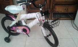 DE PAQUETE Una Bici...para tu NIÑA