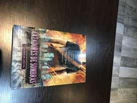 Cazadores de sombras, ciudad de cristal ( saga), Cassandra Clare
