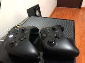 Xbox one con dos controles