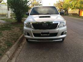 Vendo o (Permuto por Ford Kuga) Toyota Hilux 2.5 4x2 Pack Electrico