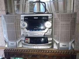 Equipo de música rca con control remoto