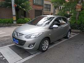 Mazda 2 2014 automatico