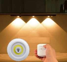 3 luces LED con mando a distancia DEYI