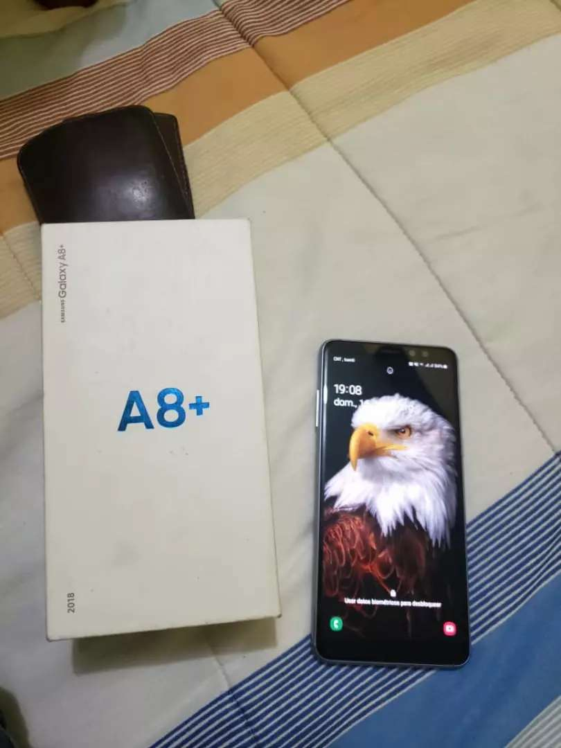 Vendo Samsung A8 plus 0