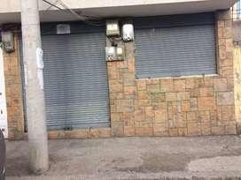 Arriendo dos locales comerciales diagonal al ex hospital andino en la cdla 24 de mayo