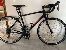 Vendo bicicleta Trek Domane Al 2
