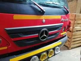 Mercedes benz 7 toneladas