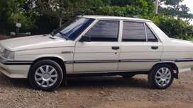 Vendo un Renault modelo 1990 en buen estado todo al dia