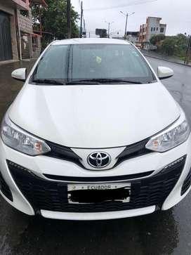 Venta de auto Toyota