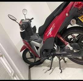 Honda wave 110 roja  2500 kms