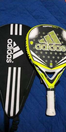 Vendo paleta Paddle Adidas supernova attack 1.7