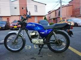 Ax 100 modelo  2004