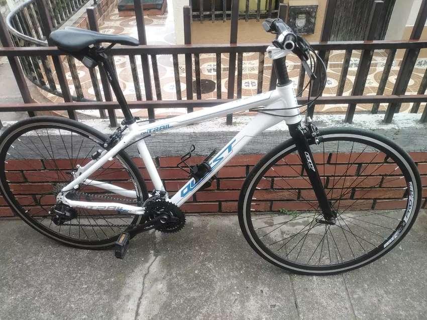 Bicicleta en aluminio 0