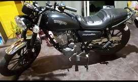 Vendo moto como nueva.. impecable..entrega y cuotas