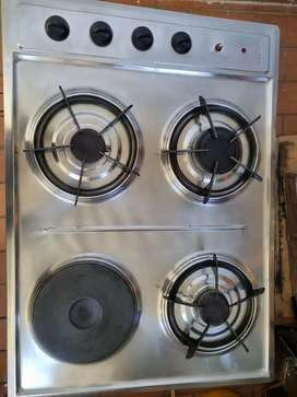 Estufa y lavaplatos  de empotrar usada