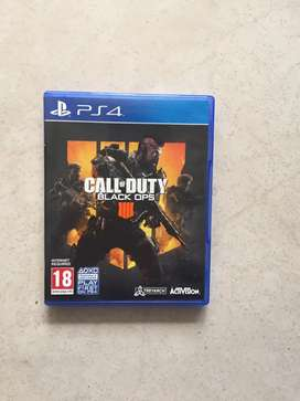Call of duty  black ops 4.                                  The crew $ 80.000